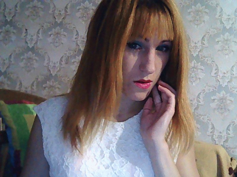 Webcamsex met caresskitten
