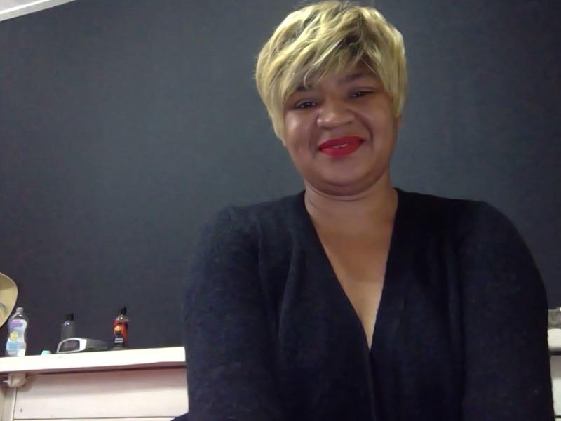 Klik hier voor live webcamsex met soraina!